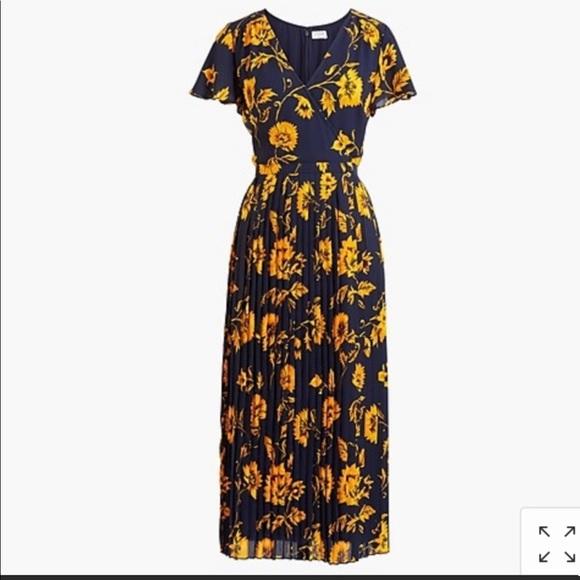 J. Crew Dresses & Skirts - Beautiful sunflower dress.